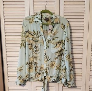 NY&C Soho Floral Button Down Blouse